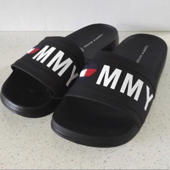 9c1a2c079 T❤️MMY Hilfiger Women 10 Black Slide Sandals